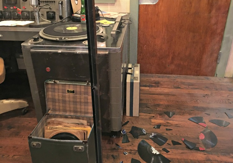broken-records-sun-studio-memphis-not-just-paper-and-paint-