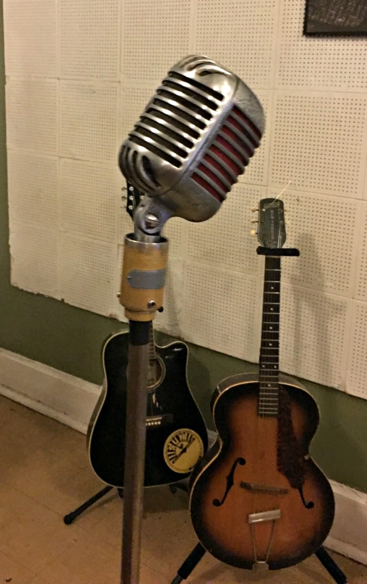 original-microphone--sun-record-studio-memphis-not-just-paper-and-paint