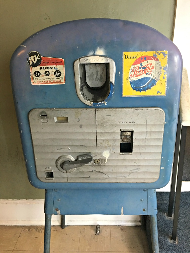 original-pepsi-machine-sun-record-studio-memphis-not-just-paper-and-paint
