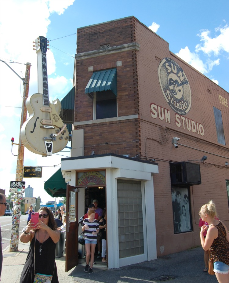sun-studio-exterior-memphis-not-just-paper-and-paint