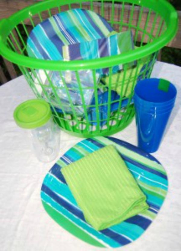 picnic basket setting