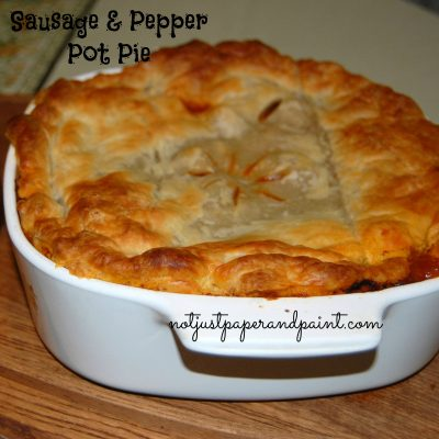 Sausage & Pepper Pot Pie featuring  Ragú