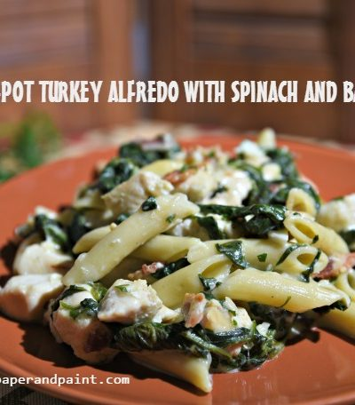 ONE-POT TURKEY ALFREDO WITH SPINACH AND BACON