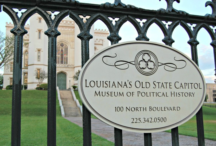 Old state capitol building sign in Baton Rouge