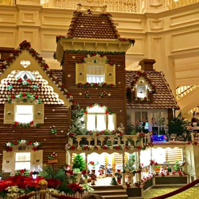 Must See Christmas Displays At Walt Disney World Hotels