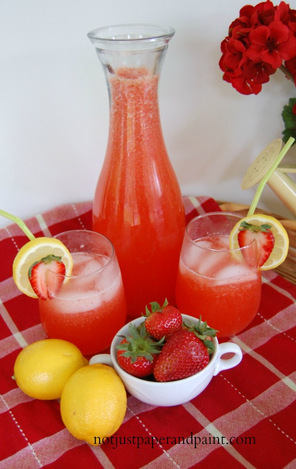The Best Strawberry Lemonade Ever