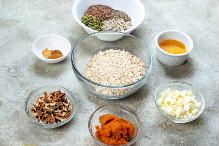 Easy and Delicious Pumpkin Spice Energy Balls my home and travels ingredients for balls