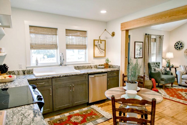 kitchen makeover on HGTV home town