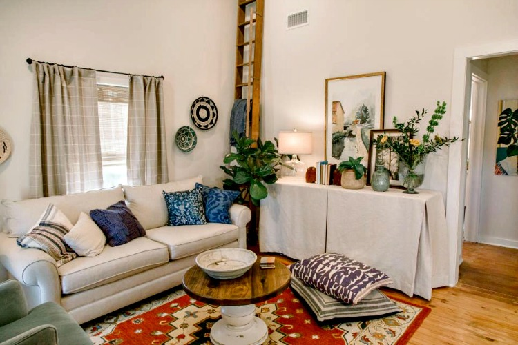 living room makeover from Home Town on HGTV