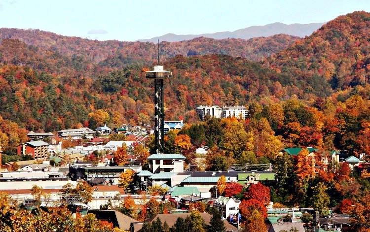 gatlinburg-attractions-feature-my-home-and-travels tower