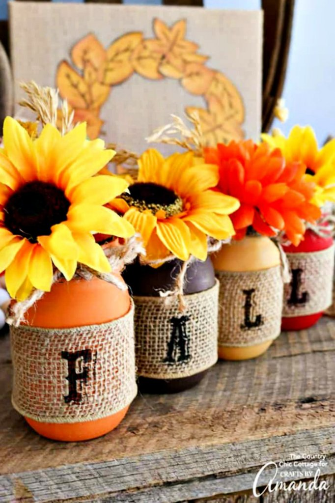 great-diy-fall-decor-ideas-my-home-and-travels mason jars with burlap