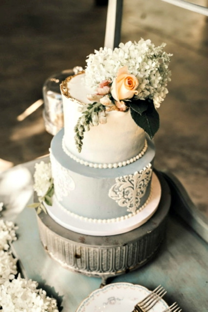small wedding cake for tiny weddings a farmhouse gathering my home and travels