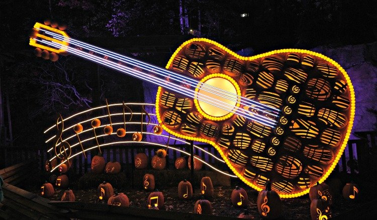 visit dollywood luminights my home and travels