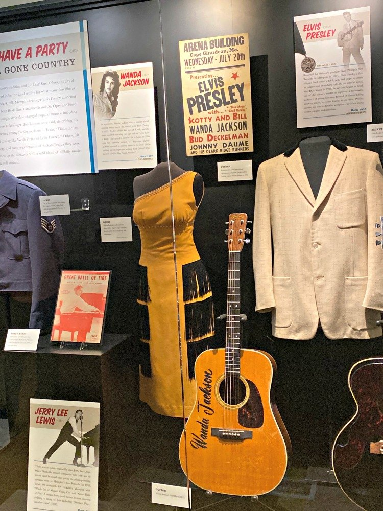 country music hall of fame elvis outfit