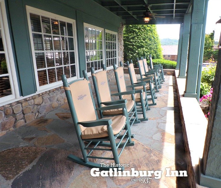gatlinburg inn rocky top front porch rockers