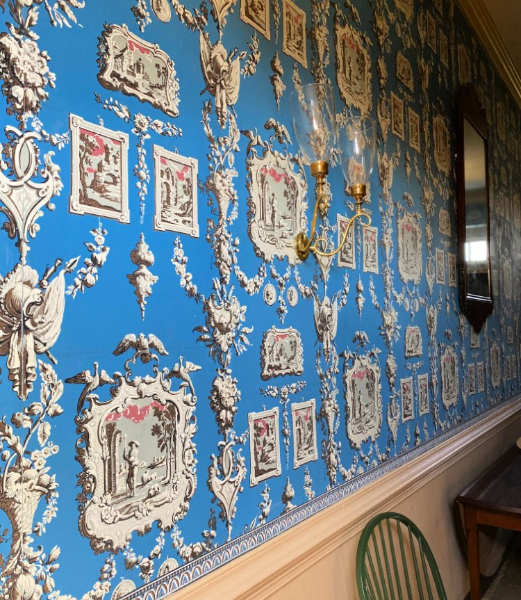 visit-to-williamsburg-my-home-and-travels wythe house wallpaper
