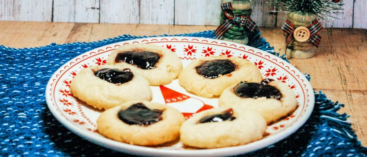 almond-thumbprint-cookies-with-jam-my-home-and-travels