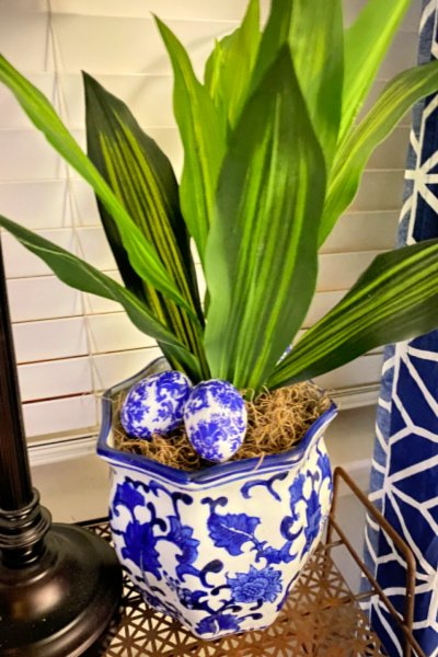 decoupage-chinoiserie-eggs-my-home-and-travels