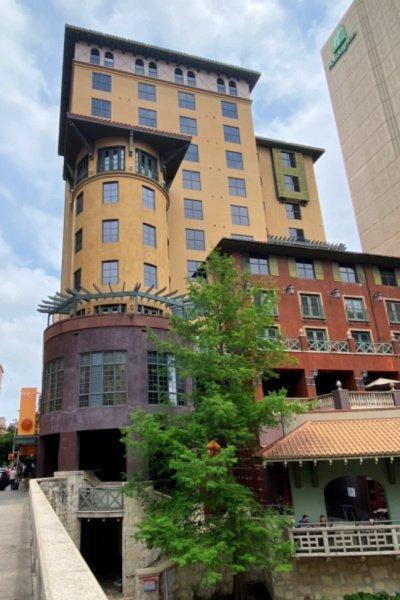 hotel-valencia-riverwalk-san-antonio-my-home-and-travels-