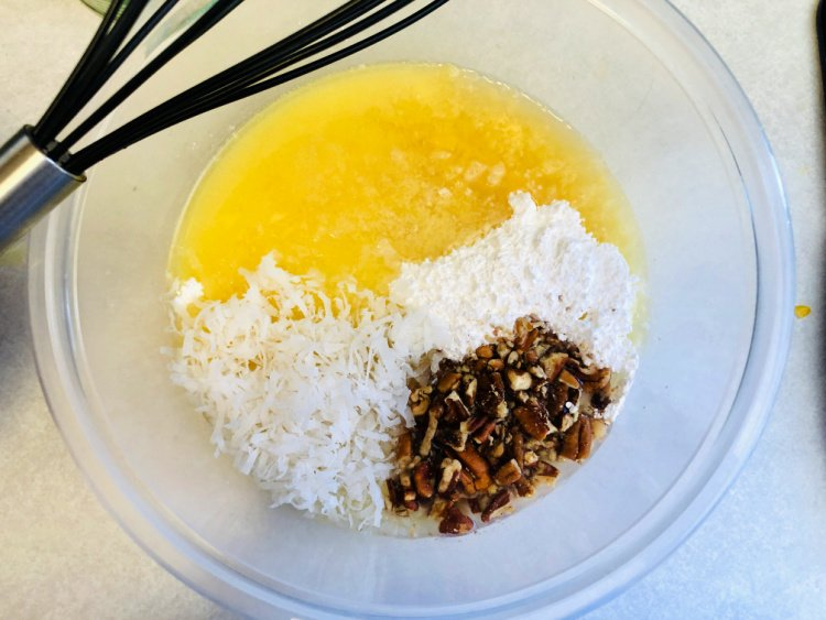 slow-cooker-pineapple-cake-with-coconut-my-home-and-travels
