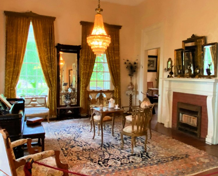 things-to-see-and-do-in-tyler-texas-my-home-and-travels-goodman-legrand-museum-home sewing room