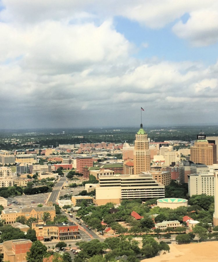 city-sightseeing-tour-san-antonio-my-home-and-travels- tower of america view from top