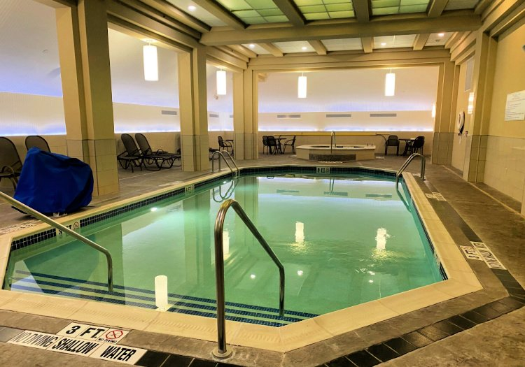 drury-plaza-hotel-downtown-pittsburgh-my-home-and-travels pool indoor